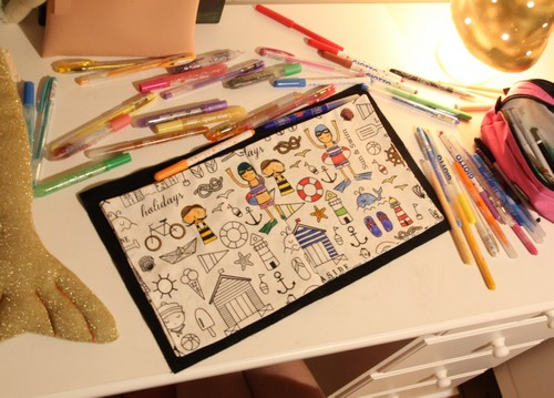 livre à colorier en tissu