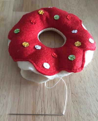 donuts en feutrine tuto