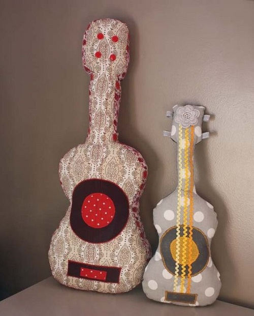 guitare en tissu